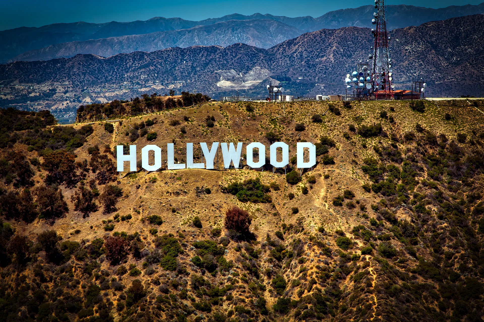 Living close to Hollywood sounds nice