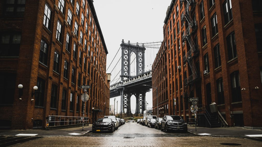 Tips on decorating a rented Brooklyn apartment