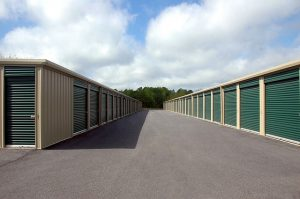 outdoor storage units which are sometimes the right storage solution in Florida