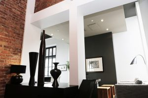 Nicely designed loft with exposed bricks - very popular with people buying a loft in Manhattan