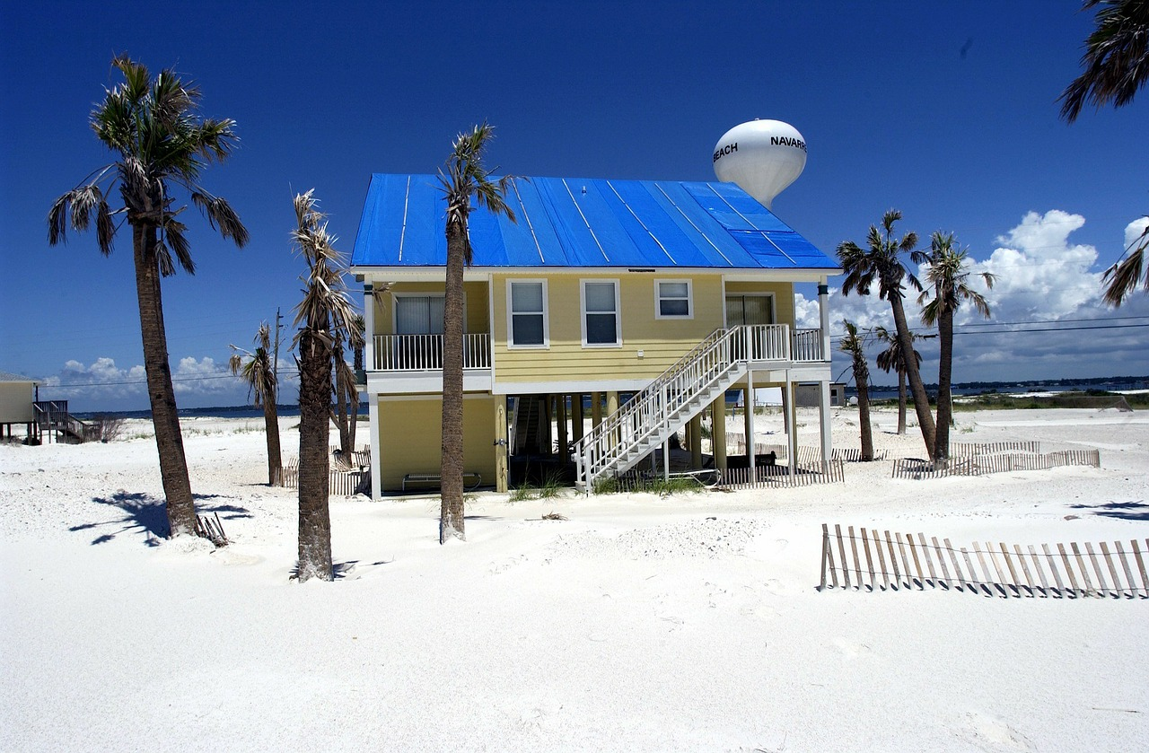 A house you could consider when buyng a beach house in LA.
