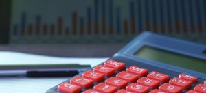 A calculator to define the budget for buying a multifamily house.