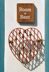 Sign Room for rent with a heart