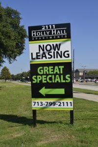 Now leasing sign you need to pay attention to if you are considering negotiating a commercial lease for your new office.