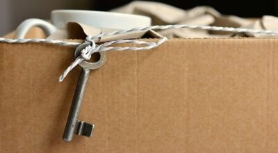 Avoid packing mistakes when moving with proper moving supplies.